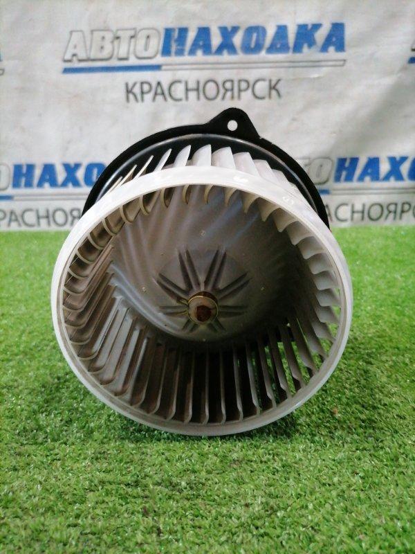Мотор печки Toyota Vitz SCP13 2SZ-FE 2001 194000-1060 2 контакта