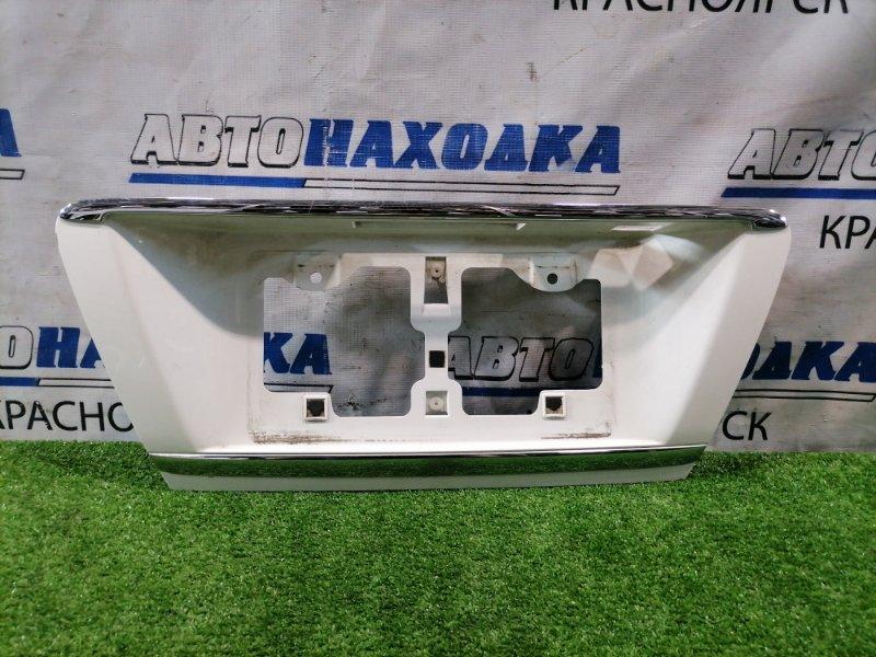 Накладка багажника Toyota Mark X GRX121 3GR-FSE 2004 задняя накладка на крышку багажника под