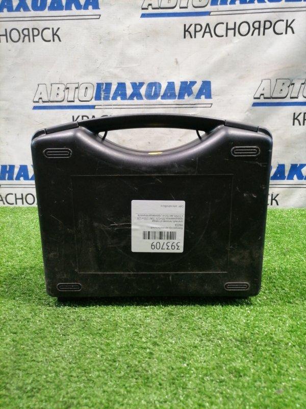 Компрессор автомобильный Mazda штатный, питание от гнезда прикуривателя /DC=12V, 10A/, 150