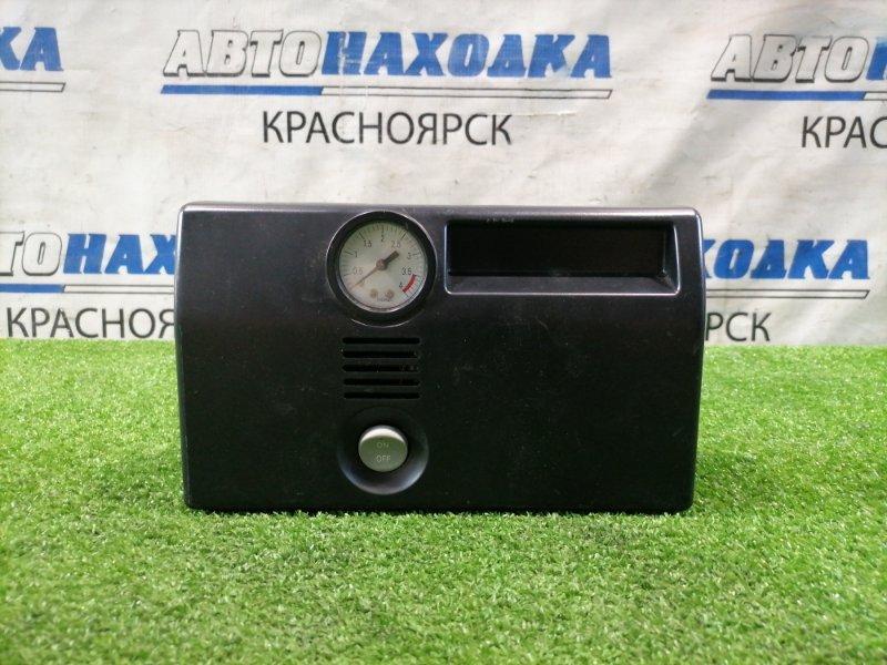 Компрессор автомобильный Nissan Питание от гнезда прикуривателя /DC=12V, 10A/, вес 1.1 кг.,