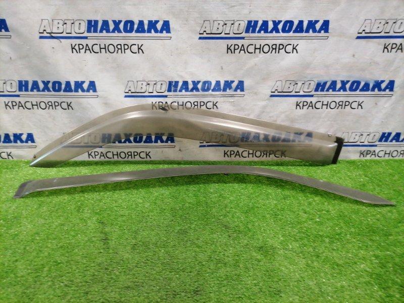 Ветровик Honda Stepwgn RF3 K20A 2001 пара передних, есть микротрещины.