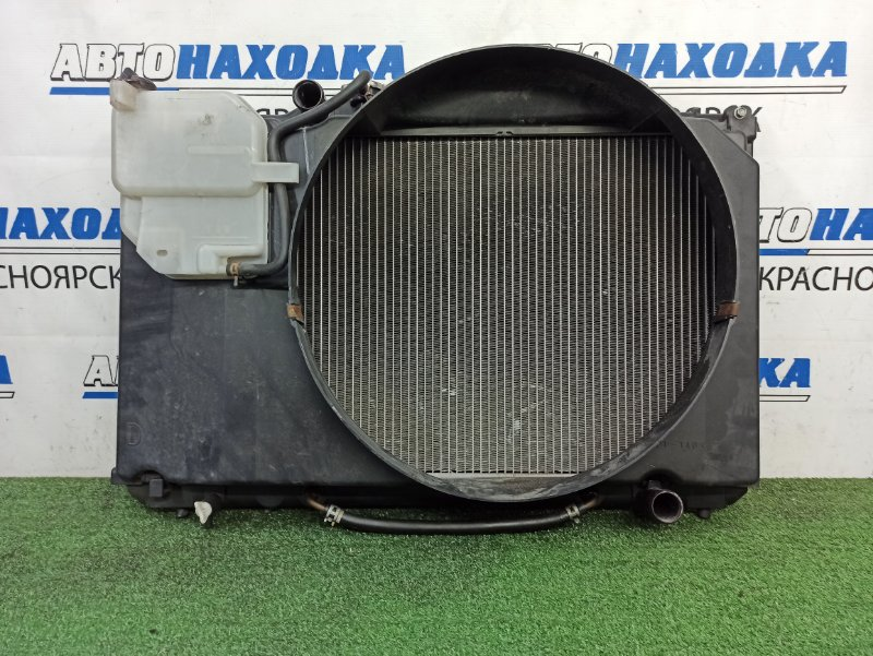 Радиатор двигателя Toyota Cresta GX100 1G-FE 1996 АКПП, в сборе с дифузором и расширительным