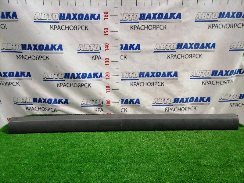 Молдинг Honda Stepwgn RF3 K20A 2001 левый верхний на крышу, левый средняя часть с заглушками.