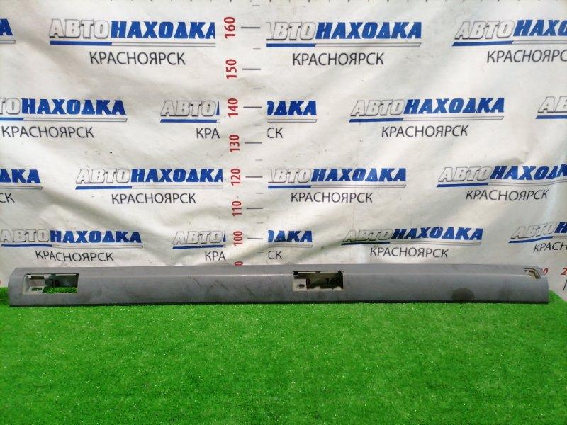 Молдинг Honda Stepwgn RF3 K20A 2001 правый верхний на крышу, правый средняя часть.