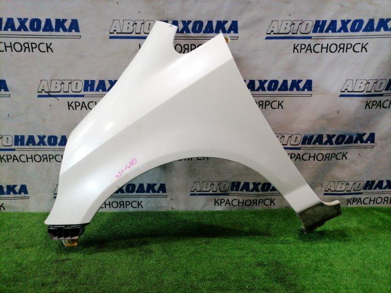Крыло Honda Fit GD1 L13A 2001 переднее левое переднее левое, с клипсой. Цвет NH636P. Есть потертость