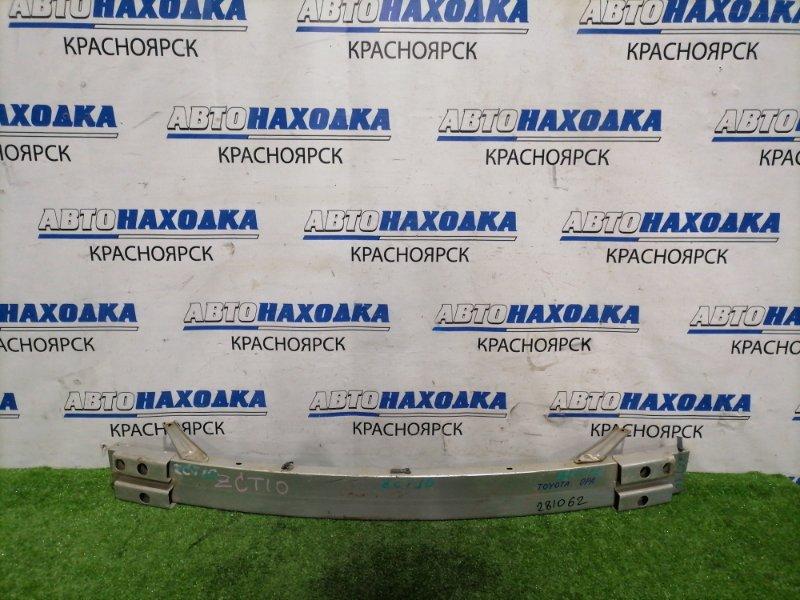 Усилитель бампера Toyota Opa ZCT10 1ZZ-FE 2000 передний Передний швеллер. Имеются следы коррозии.