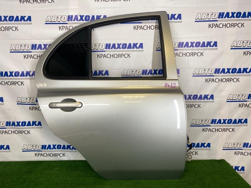 Дверь Nissan March AK12 CR12DE 2002 задняя правая Задняя правая, серебристая (KY0), в сборе, есть
