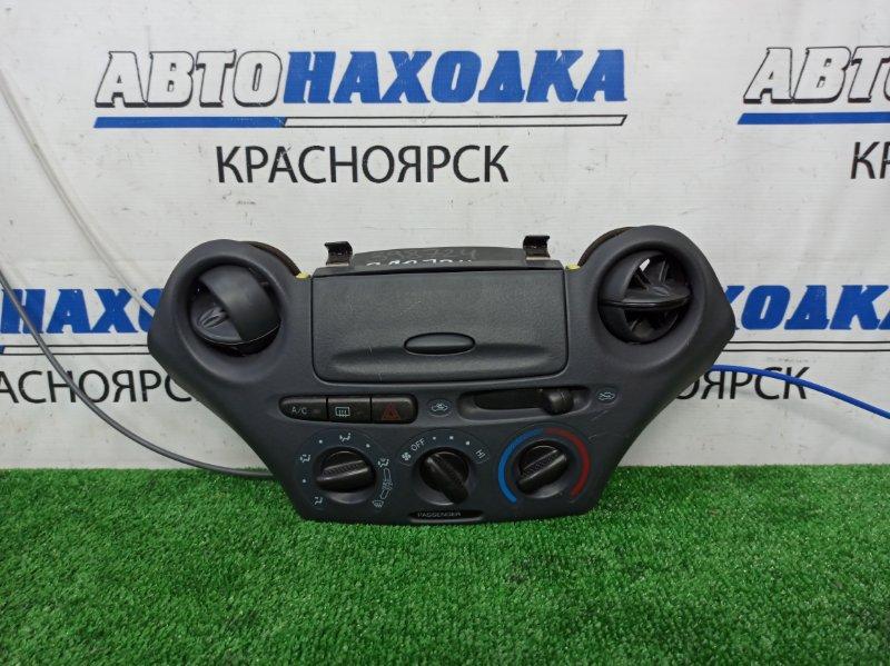 Климат-контроль Toyota Vitz NCP10 2NZ-FE 2001 механический, с дефлекторами и бардачком