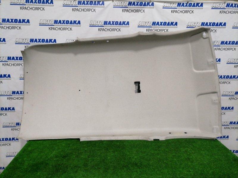 Обшивка крыши Toyota Funcargo NCP20 2NZ-FE 1999 Под чистку. Имеется потертость.