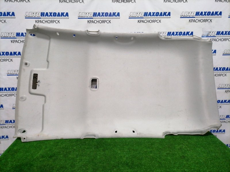 Обшивка крыши Honda Civic EU3 D17A 2000 Под чистку. Имеется пару заломов и царапин.