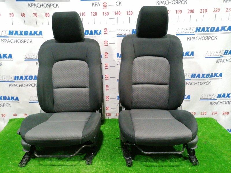 Сиденья Mazda Axela BKEP LF-DE 2003 передняя Передние, пара, серо-чёрные, 2-х компонентная ткань,