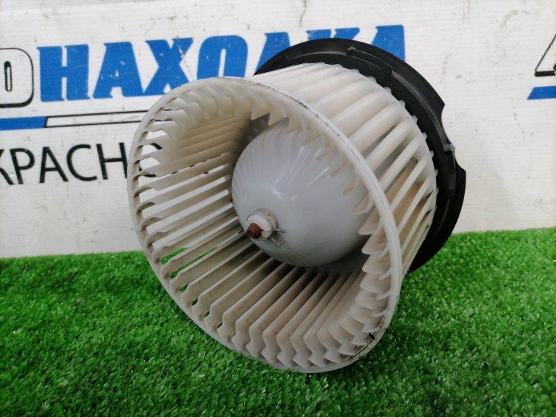 Мотор печки Nissan Tiida C11 HR15DE 2008 2 контакта, есть скол на корпусе