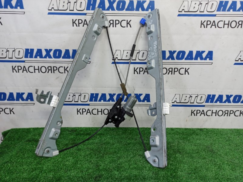 Стеклоподъемник Nissan Serena CC25 MR20DE 2005 передний правый Передний правый, 6 контактов