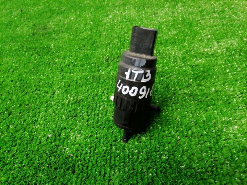Мотор омывателя Volkswagen Touran 1T3 CAVC 2010 на 2 выхода