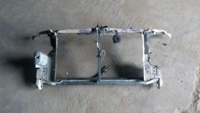 Рамка радиатора Toyota Corolla Spacio ZZE122N 1ZZ-FE 2001