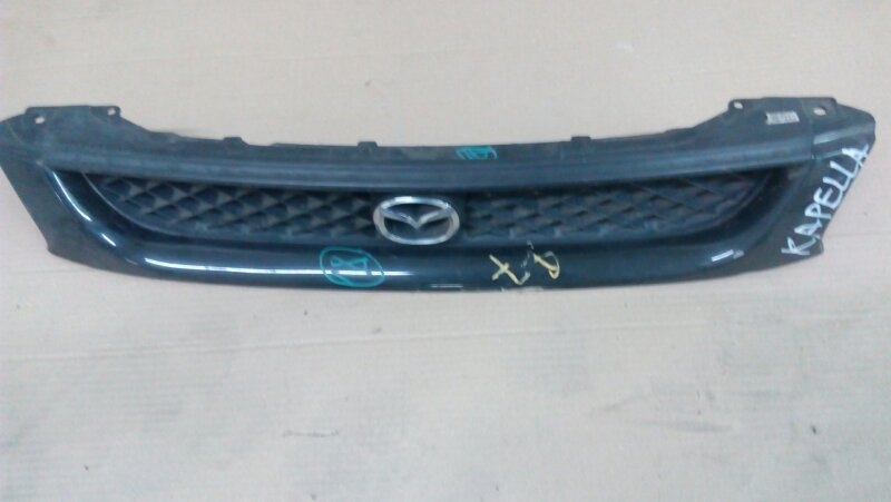 Решетка радиатора Mazda Capella GW8W FP-DE 1998 передняя