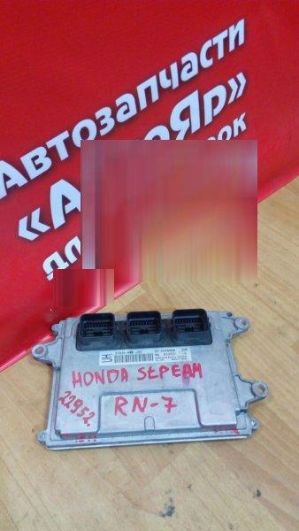 Блок управления efi Honda Stream RN7 R18A 2006 37820-RWK-J32