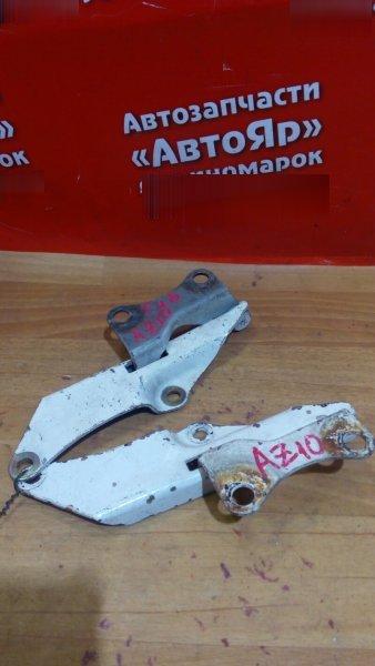 Петля капота Nissan Cube AZ10 CGA3DE комплект белый