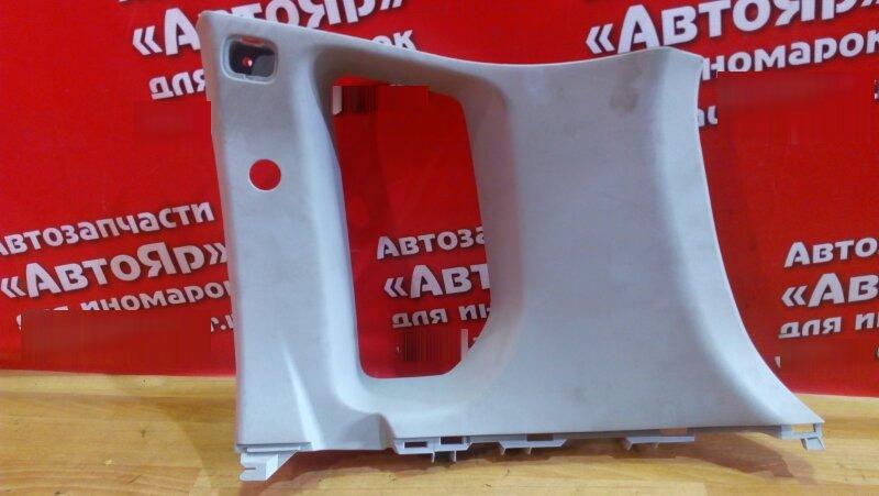 Накладка пластиковая в салон Toyota Avensis AZT250 1AZ-FSE правая накладка багажника верх серая