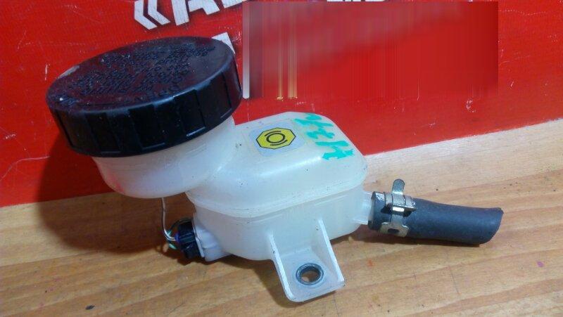 Бачок тормозной Mitsubishi Pajero Io H77W 4G94