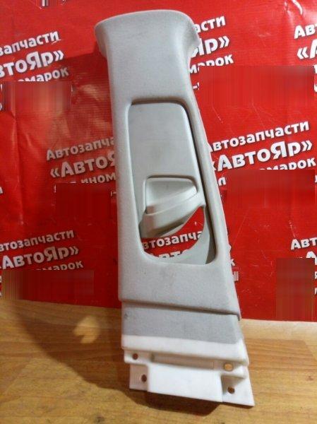 Накладка пластиковая в салон Toyota Avensis AZT250 1AZ-FSE левая накладка на среднюю стойку верх
