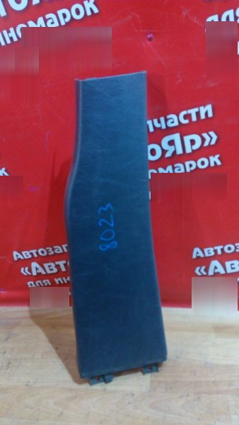 Накладка пластиковая в салон Mercedes Ml270 W163 OM612.963 правая накладка на среднюю стойку низ