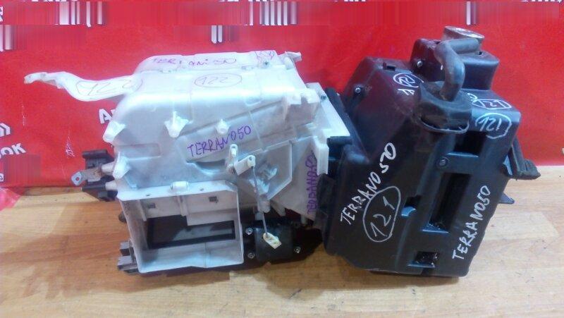 Корпус вентилятора отопителя Nissan Terrano LR50 QD32 1998 передний корпус без радиатора тос, без