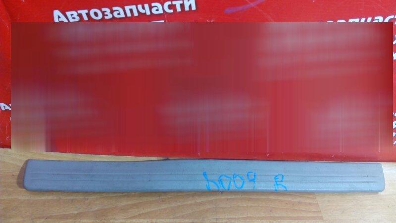 Накладка пластиковая в салон Nissan Sunny FB15 QG15DE 2001 передняя правая на порог, под дверь