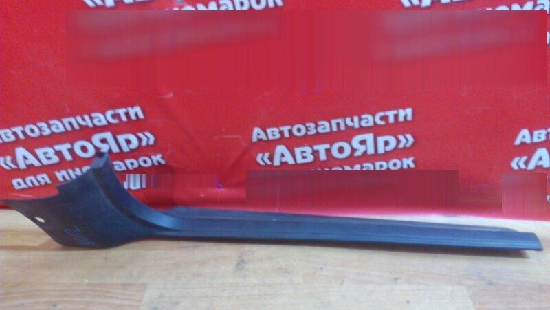 Накладка пластиковая в салон Subaru Legacy BE5 EJ20 2001 передняя правая на порог