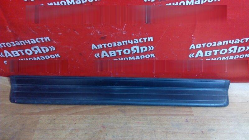 Накладка пластиковая в салон Bmw 318I E46 передняя левая на порог, под дверь, до рестайл