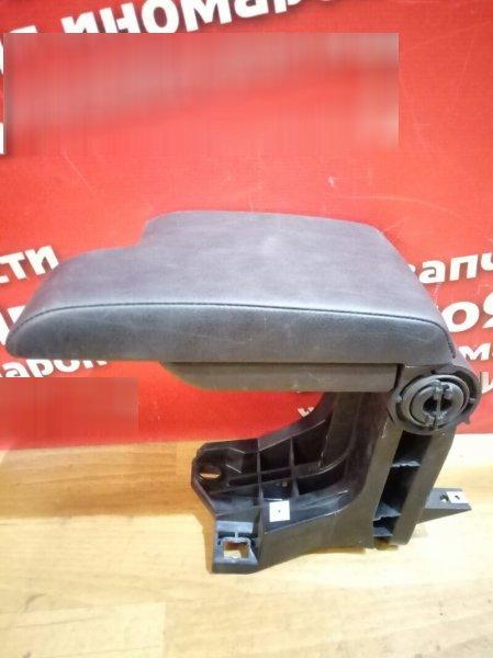 Подлокотник Bmw 320I E46 черный правый руль