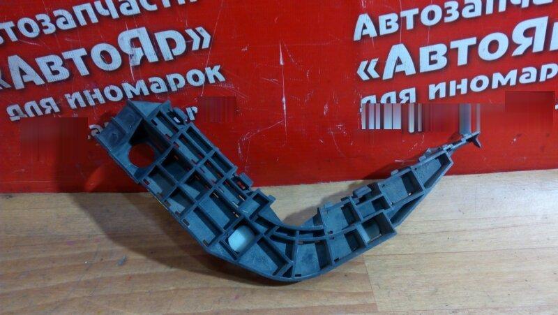 Кронштейн бампера Honda Mobilio Spike GK1 L15A 2003 задний правый