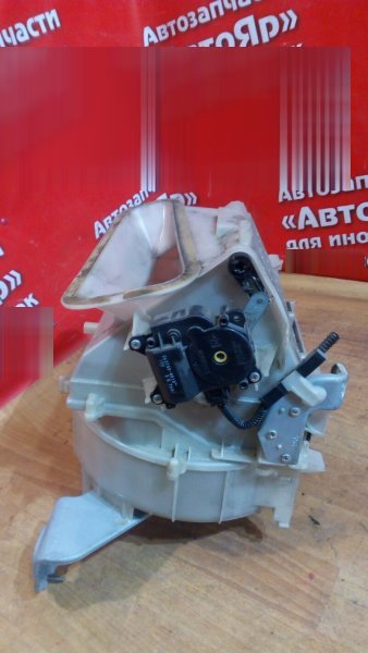 Корпус вентилятора отопителя Toyota Harrier MCU36W 1MZ-FE 2005