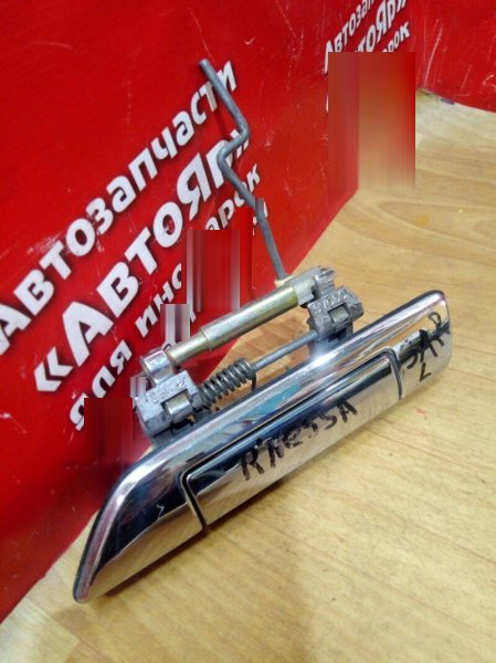Ручка двери Nissan Rnessa N30 SR20DE задняя левая хром