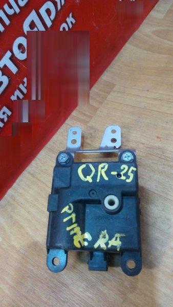 Привод заслонок отопителя Nissan Primera WRP12 QR25DD 2K001-30820