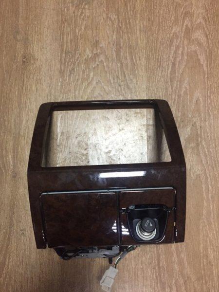 Рамка магнитофона Toyota Crown JZS155 2JZ-GE 1998 подстаканник, прикуриватель, пепельница