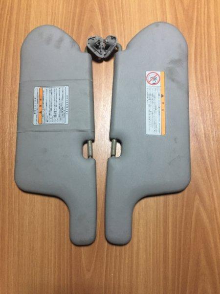 Солнцезащитный козырек Nissan Tino V10 QG18DE 2001 комплект 2 шт.