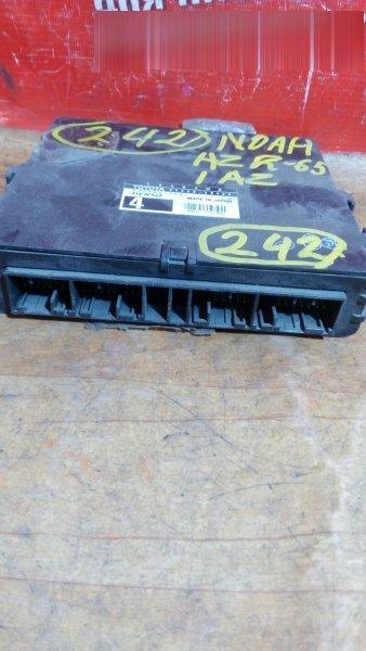 Блок управления abs Toyota Noah AZR65G 1AZ-FSE 2002 4WD , 89540-28420