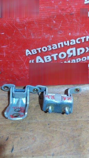 Петля дверная Nissan Tiida Latio SC11 HR15DE 2005 задняя левая 2шт комплект