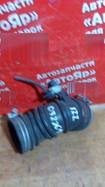 Патрубок воздушн.фильтра Toyota Vista ZZV50G 1ZZ-FE Гофра