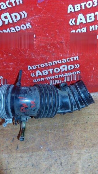 Патрубок воздушн.фильтра Nissan Avenir PW11 SR20DE Гофра