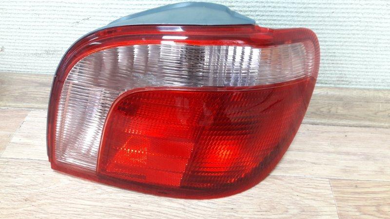 Стоп-сигнал Toyota Yaris KSP90 1KR-FE 99 задний правый