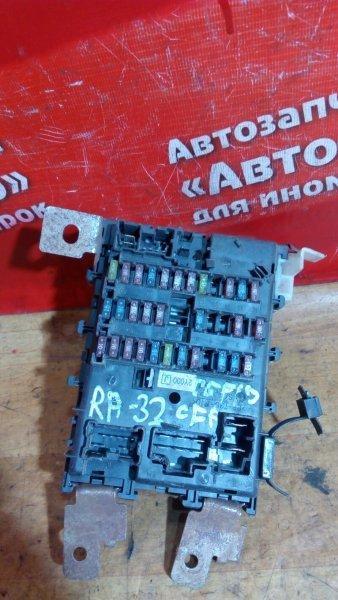 Блок предохранителей Nissan Cefiro PA32 VQ25DE салонный