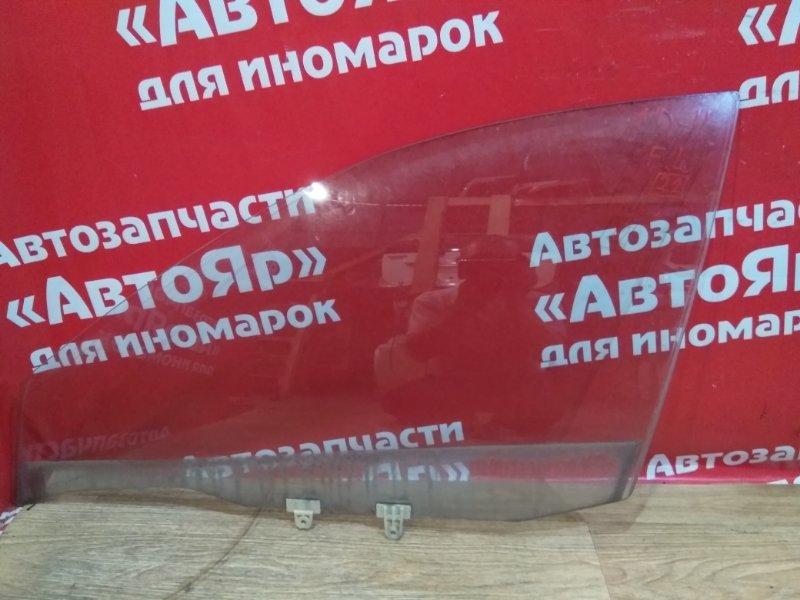 Стекло боковое Nissan Ad VFY11 QG15DE 2006.01 переднее левое
