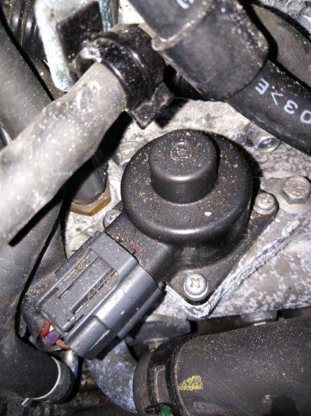 Клапан egr Nissan Note E11 HR15DE 2008.03