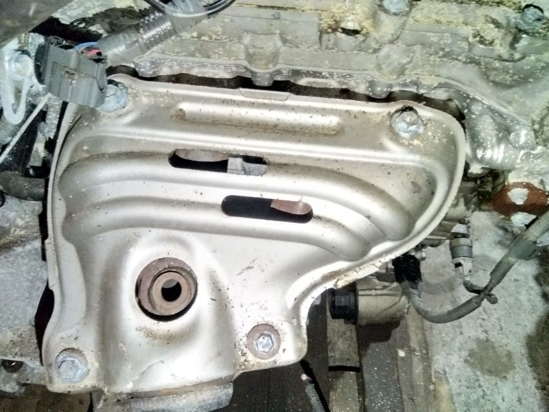 Коллектор выпускной Toyota Noah ZRR75W 3ZR-FAE 2007.09 17141-37090
