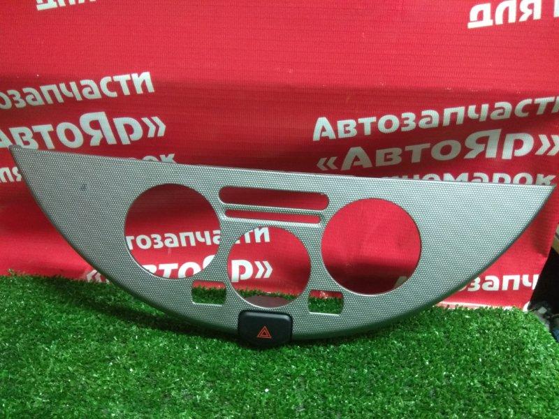 Накладка пластиковая в салон Nissan Note E11 HR15DE 2008.03 Рамка климат-контроля + кнопка