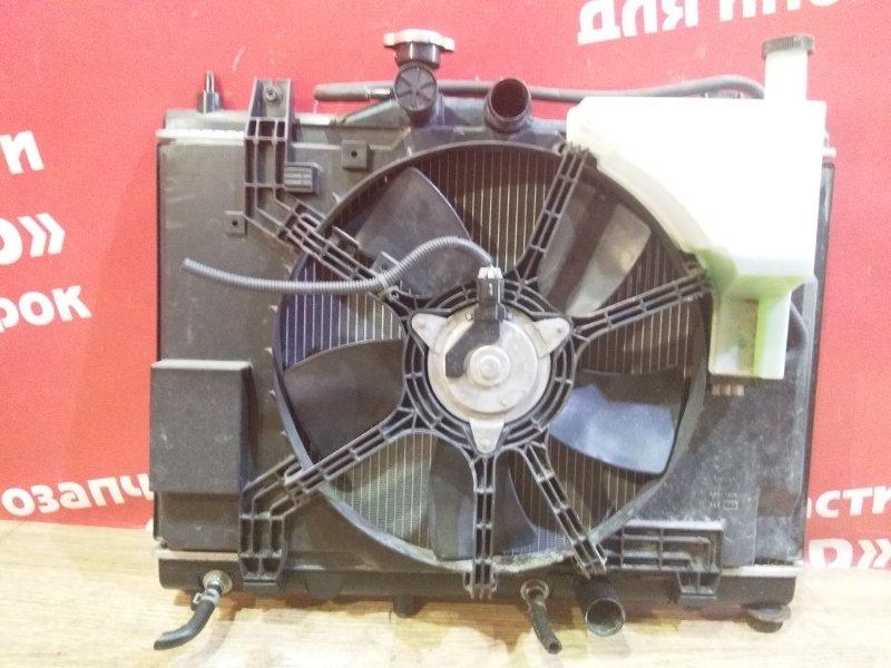 Диффузор радиатора Nissan Tiida C11 HR15DE 2004.12 Дефект трубки.