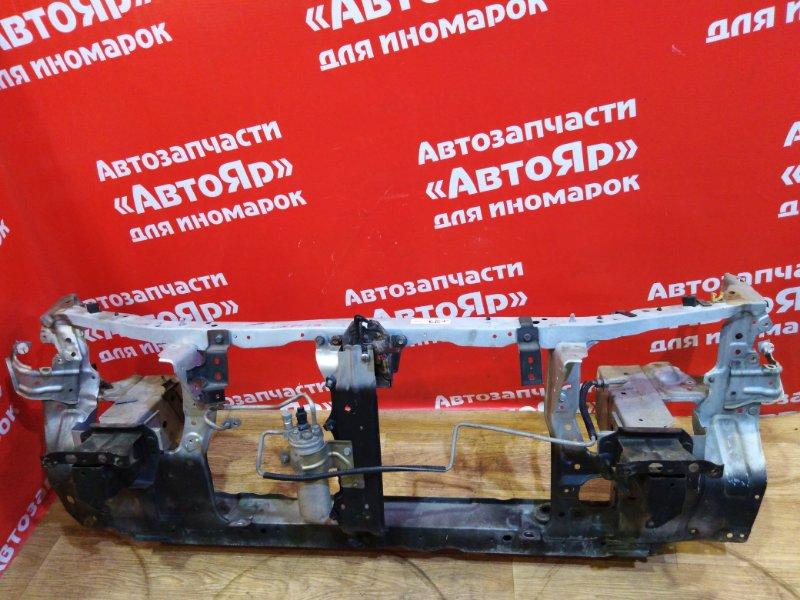 Рамка радиатора Mazda Capella GFEP FS-ZE 1997.10 лев.26см., прав.21см., замок