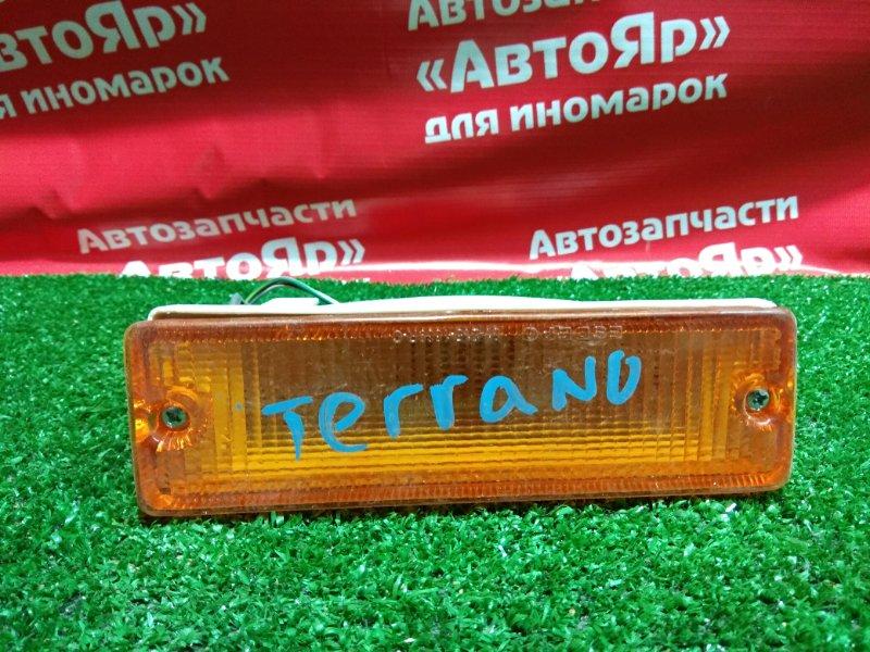 Повторитель бамперный Nissan Terrano передний правый НОВАЯ НЕ ОРИГ 01-215-1669R-C